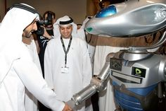 """'Fully Autonomous' Robocops Will be Policing The """"Smart City"""" in Dubai 