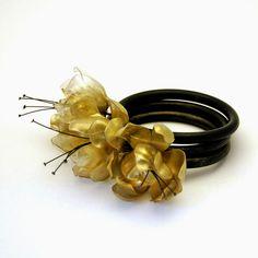 tertium non data: jewelry