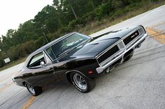Dodge Charger RT SE 440 Six Pack 1969 Me and my boyfriend was racing this every sat nite down Mansfield Road. Back in the day!!