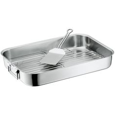 Roasting pans are ideal for cooking meat and poultry in the oven. Take your pick from our assortment of roasting pans to find the one that fits your kitchen best! Kitchen Grill, Kitchen Appliances, Wmf, Roasting Pan, Four, Cool Kitchens, Nespresso, Cookware, Dishwasher