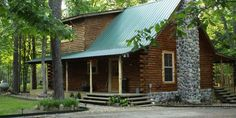 Briar Patch is a quaint cabin nestled in the woods. It is great for small families.