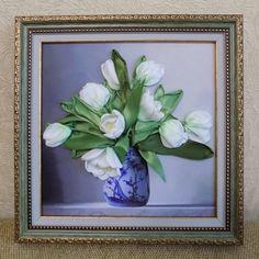 Белые тюльпаны. Вышивка лентами. Автор Разживалова Наталья