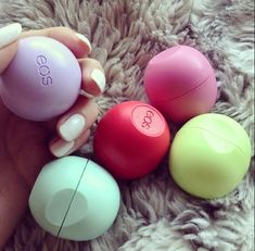 EOS lip balm = amazeballs. The flavor is gentle, and the round ball makes it easy to find in the dark black hole that is most women's purses. Even better, this balm is affordable and it ACTUALLY WORKS. Well done EOS!!