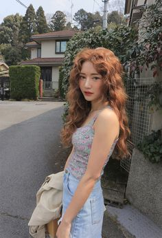 This is a fanpage of Stylenanda. all the photos belong to stylenanda. Brown Blonde Hair, Wavy Hair, Dyed Hair, Orange Brown Hair, Corte Y Color, Jolie Photo, Grunge Hair, Ulzzang Girl, Pretty People