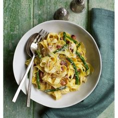 Try this asparagus and pancetta carbonara dish from @goodhousemag! It's sure to impress!