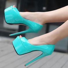 Girl on Heels  babe