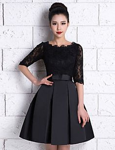 Vestido de Dama de Honor - Negro Corte A Escote A la Base - Hasta la Rodilla Encaje / Satén