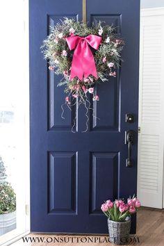 DIY Heart Wreath Ideas   One wreath, three ways!   Beuatiful Valentine's Day Door Decor Ideas   onsuttonplace.com