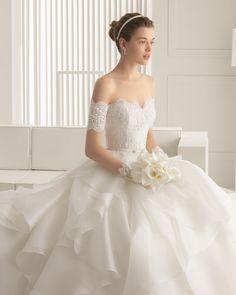 Serenata vestido de novia Rosa Clara