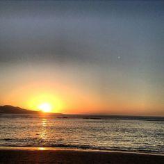 Atardecer en playa de Las Canteras