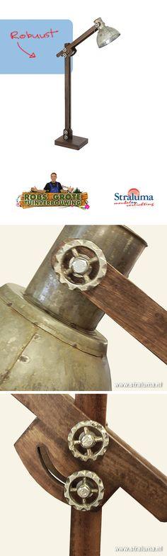 Robuuste landelijk/industriële vloerlam van Straluma | gezien bij Robs grote tuinverbouwing
