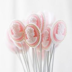 Perfect for a victorian theme party - pink cameo lollipops