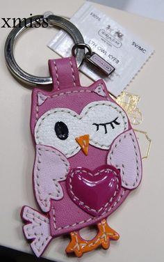 adorable coach owl keychain  Oh wow! Coach and OWLS...it's a match made in heaven! :)