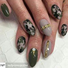 #camonails #armyfatigue #armygreen #camoflaugenailart #camonailart #camoflauge #naildesigns #nailpromagazine