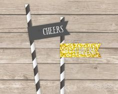 New Year's Eve - Golden 'Glitter' Party - PRINTABLE Party flags - Instant Download