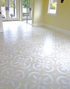 stencilled floor, hand-painted floor, beige painted floor, patterned floor, benjamin moore floor paint, white on beige