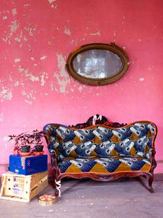 Funky home decor - Positively astounding room decor thoughts. Truly pleasant pin post ref 2455047822 assigned in category funky home decor interior design couch, generated on 20190108 Interior Inspiration, Color Inspiration, Murs Roses, Deco Rose, African Interior, Turbulence Deco, Funky Home Decor, Deco Boheme, Vintage Sofa
