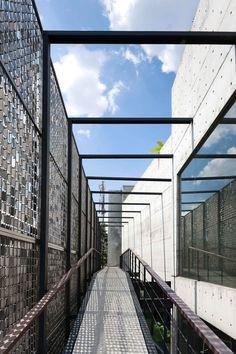 Ampera Six / Chrystalline Architect Ampera Six / Chrystalline Architect – Plataforma Arquitectura