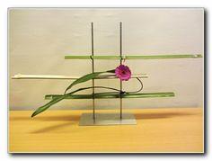 ikebana floral arrangements | Via Ginny Christensen
