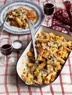 This cumberland sausage and mozzarella ragù from Debbie Major takes inspiration from the spicy Italian salsicce, which is traditionally used in this dish.