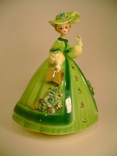 """Josef Originals figurine - """"Amanda"""" - From the '1850 Antebellum Girls' series  Vintage Josef Originals figurine. From my own private collection."""