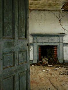 An Abandoned 1830's House:  Edgecombe County, North Carolina   by EdgecombePlanter