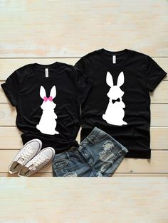 Funny Couple Shirts, Couple Tshirts, Joey And Phoebe, Couple Ideas, Couple Stuff, Cricut Craft Room, Cute Couples, Beautiful Outfits, T Shirts For Women