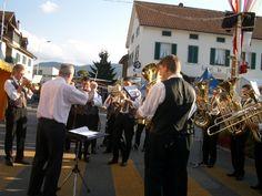 共同体イベントには欠かせない存在、Fanfare。Courroux村祭り開幕式。式典では主にマーチが演奏される。