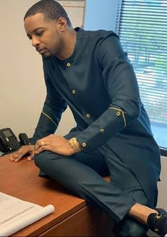 Latest African Wear For Men, African Shirts For Men, African Attire For Men, African Prom Dresses, African Clothing For Men, African Women, Short Dresses, Latest African Men Fashion, Dashiki For Men