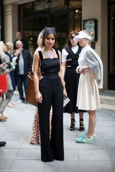 Throwback thursday street style with 23 great looks from fashion icon Miroslava Duma. Which are your favorite looks in the image gallery? Style Russe, Street Style Chic, Russian Fashion, Miroslava Duma, Mode Inspiration, Jumpsuits For Women, Look Fashion, Girl Fashion, Fashion Black
