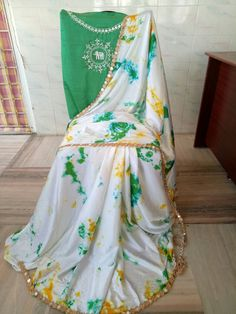 Satin shibouri sarees with blouse embroidery and mirror work lace Saree Blouse Patterns, Saree Blouse Designs, Dress Patterns, Shibori Sarees, Silk Sarees, Elegant Fashion Wear, Women's Fashion, Casual Work Attire, Plain Saree
