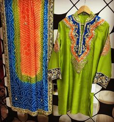 Pakistani Fancy Dresses, Pakistani Fashion Party Wear, Pakistani Dress Design, Pakistani Outfits, Indian Dresses, Simple Dresses, Nice Dresses, Dresses For Work, Beautiful Dresses