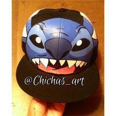 6a3e350eb38c5 Hand painted SnapBack by  Chichas art follow her on IG   Twitter!!
