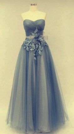 This dress is perfect!!!!