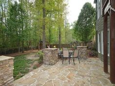 5 Cheap And Easy Tips: Patio Paving Flagstone Path bohemian patio bedrooms. Patio Edging, Diy Patio, Patio Ideas, Yard Ideas, Patio Umbrella Covers, Tropical Patio, Bohemian Patio, Cement Patio, Patio Interior