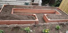 Quiet Corner:How to Build a U-Shaped Raised Garden Bed – Quiet Corner - Modern