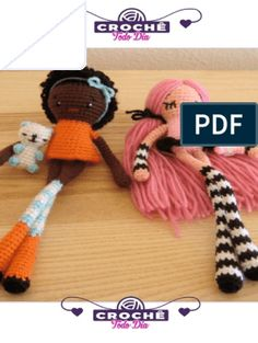 Apostila - Amigurumi - Boneca e Roupinhas Amigurumi For Beginners, Amigurumi Tutorial, Double Crochet, Buy Toys, Favorite Cartoon Character, Little Puppies, Amigurumi Toys, Crochet Squares, Knitted Dolls