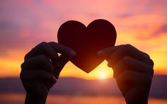 Engelbotschaft heute 28. Oktober 2020 - Engel der Herzensliebe Golden Gate, Club, Logo, Face, Interpersonal Relationship, Universe, Prince Charming, Unconditional Love, Love Heart