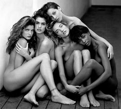 The 90s Supermodels: Stephanie Seymour, Cindy Crawford, Naomi Campbell, Christy Turlington and Tatjana Patitz
