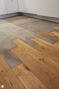 Wood Floor Texture Ideas & How to Flooring On a Budget Step by Step The floor is looking so smart. Wood Floor Texture Ideas & How to Flooring On a Budget Step by Step stunning use of materials House Design, Wood Floors, Interior, Concrete Wood, Hardwood Floors, Tile To Wood Transition, House Interior, Flooring, Wood Floor Texture