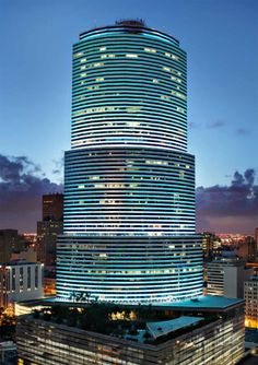 Downtown Miami, Miami Florida, South Florida, Miami Beach, Florida Sunshine, Sunshine State, World Trade Center, Brickell Miami, Europe Packing