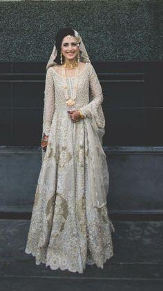 Shadi Dresses, Pakistani Formal Dresses, Pakistani Wedding Dresses, Pakistani Outfits, Indian Outfits, Desi Wedding Dresses, Wedding Wear, Pakistan Bride, Engagement Dresses