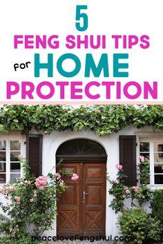 Feng Shui Doors, Feng Shui Front Door, Feng Shui Mirrors, Feng Shui House, Feng Shui Bedroom, Feng Shui Tips For Home, Front Door Plants, Fen Shui, Living Room Decor Tips