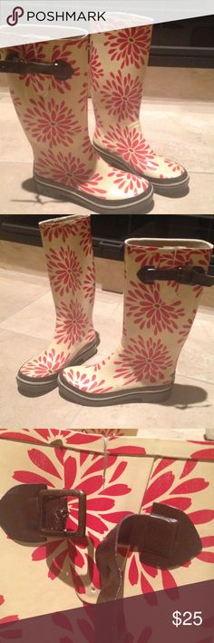 KATE SPADE Flowered RAINBOOTS SZ 9 Red/Brown One of the buckles is broken but they are only decorative. Cute Fun Fashion Rainboots Ivory background, brown bulked and soles kate spade Shoes Winter & Rain Boots