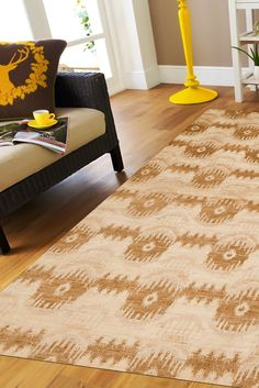 A horizontal pattern plays across the rug, repeating itself in a balanced, harmonious way. Sweet colors like gold, honey, and beige are sure to complement any home, any style, any room. #goldrugs #buygoldrugs #buygoldrugsonline #rugknots Golden Design, Neutral Color Scheme, Oriental Design, Types Of Rugs, Home Look, Rugs Online, Ikat, Design Elements, Plays