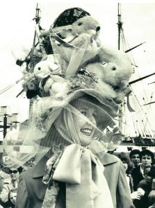 Fun with Easter Bonnets (Third Edition) | The Lone Girl in a Crowd