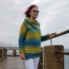 Seaside Scallop Sweater Top for sizes S to XXL knitting pattern at www.tbeecosy.com