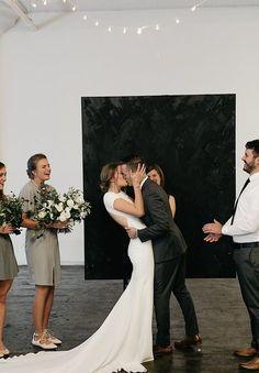 Image 17 - David Jenna: A minimalist warehouse wedding in Real Weddings.