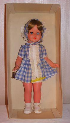 Unbespielte Drei M Puppe, mit Herstelleretikett, Drei MMM Puppe in Antiquitäten…
