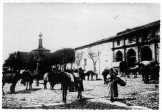 Praza de Santo Domingo, Lugo. Ca. 1914-1915. Xelatina de prata ao clorobromuro. 11,5 x 16,5 cm.